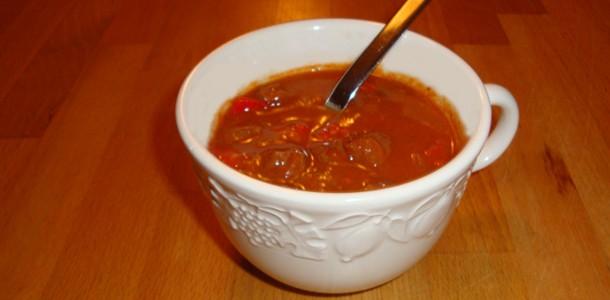 Hongaarse goulashsoep