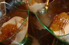 Veldsla met kipfilet en mangochutney