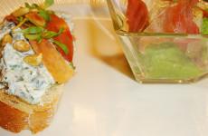 Bruchetta met spinaziespread