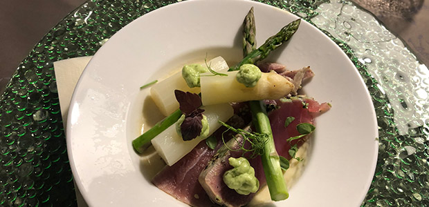 Aspergemousse met tonijn en asperges